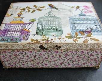 Wooden personalized keepsake box, decoupage box, jewelry box, gift for a woman, floral, touch of old, birds cages