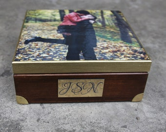 Personalized with a photo wooden box,decorated photo box, personalized gift, keepsake box, engraved initials