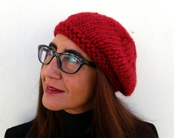 Knit red beret, hand knit beanie, winter knit hat, knit beanie, women french beret, wool hat, winter accesories, french beret