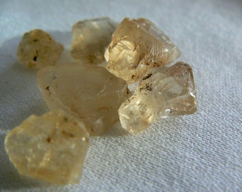 Yellow Scapolite 6 crystals . Rough minerals 6g natural gemstone. Unheatead crystals. Rare Gemstone supply. Jewelry crystals