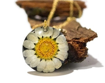 Real flower resin jewelry necklace real pressed flower necklace resin jewelry nature jewelry real flower necklace botanical necklace