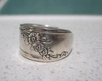 Vintage Spoon Ring - Size 6