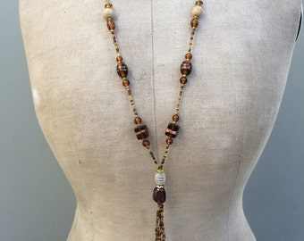 Vintage flapper glass necklace