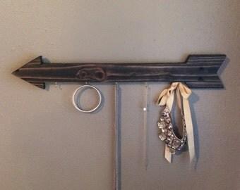 wooden arrow key hook rack // jewelry organizer