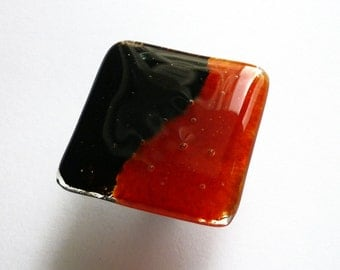 Unique Glass Cabinet Knob in Red and Black. Fused Glass Knob. Red Furniture Handle. Cabinet Hardware. Kitchen Cabinet Knob. Modern Knob