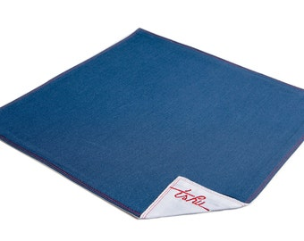 TSHU Louise, navy blue handkerchief doubled with white cotton