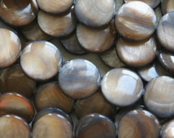 EOL - Freshwater Shell Buttons - 10mm - Brown - Pack 50