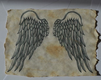 Beautiful Olde Worlde Scroll With Angel Wing Charm