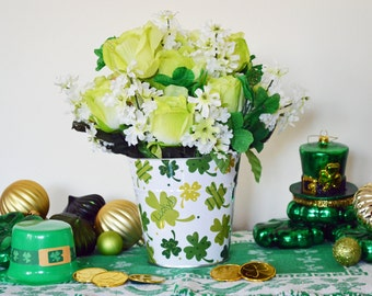 St Patricks Day Centerpiece Floral Arrangement, St Patrick Table Decoration, St Pattys Day, White Shamrock Floral Pail, Ready to Ship!