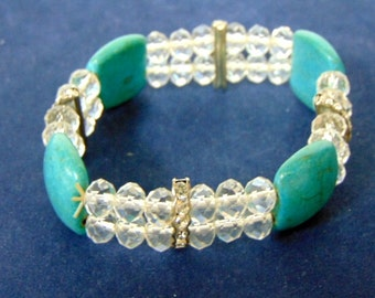 Lovely Turquoise W/ White Ice Beaded Bracelet E1921