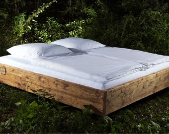 """Floating Sternschanze"" bed solid wood from historic planks"