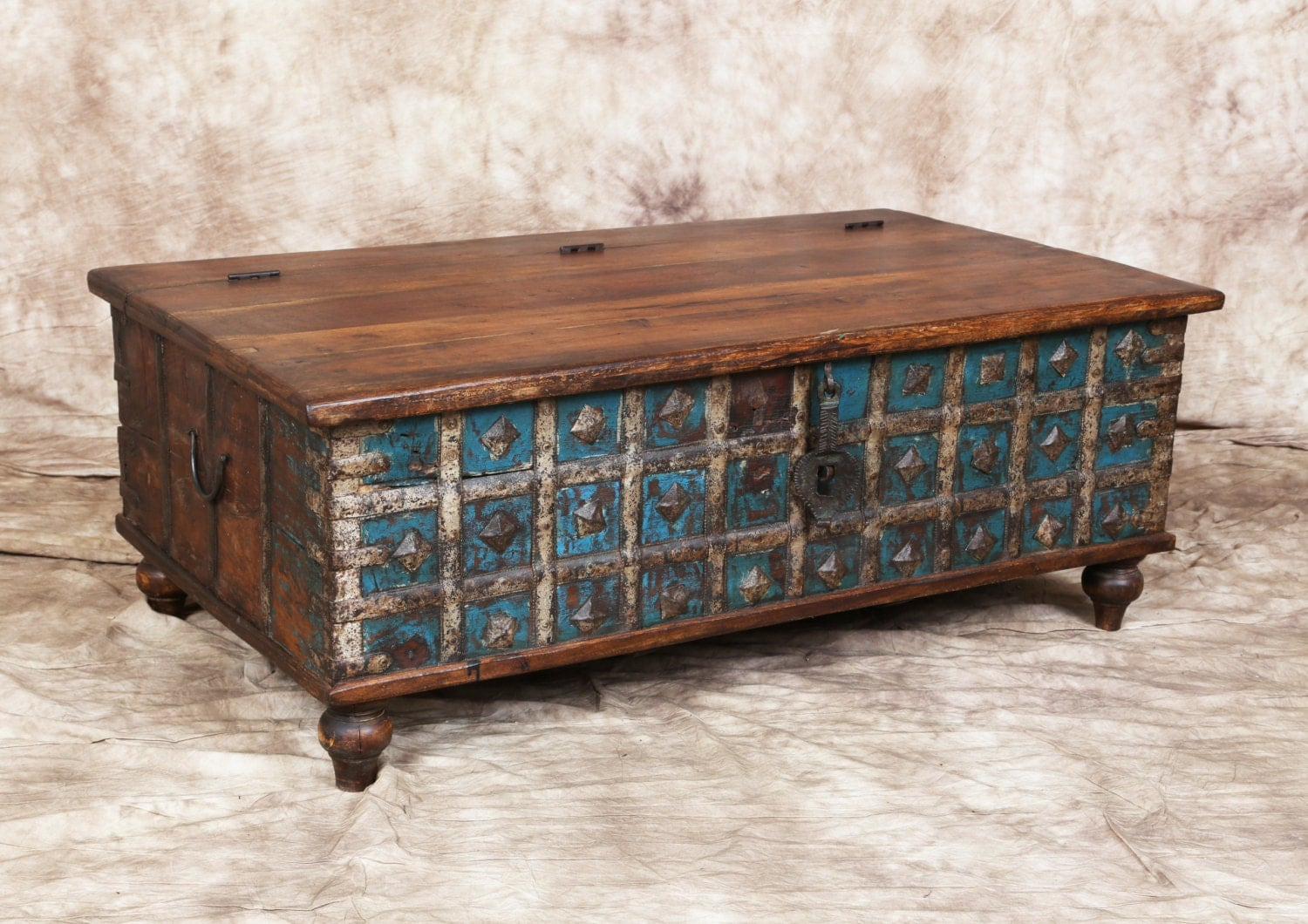 Antique Blue Cream Indian Trunk Coffee Table Metal Latch Storage Metal Accent Bands Haute Juice