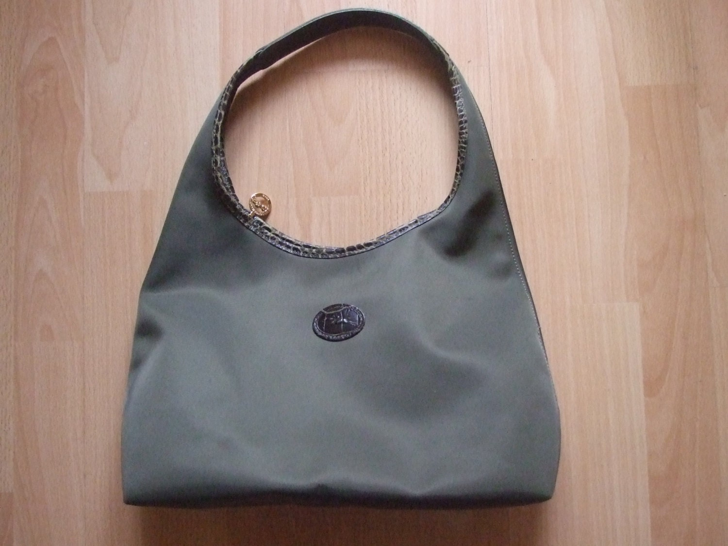 Latest Cheap Light Longchamp Embroidered Bags Olive Green