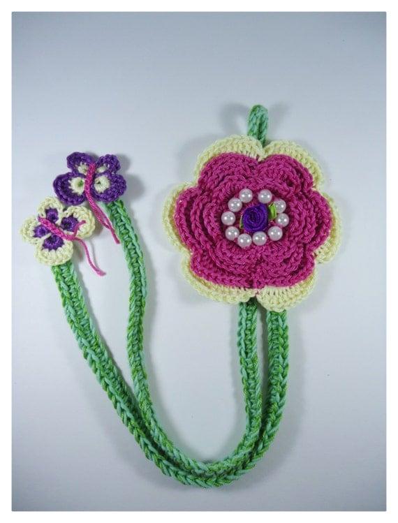 Crochet Flower Hair clip holder, Girl accessories, hair clip ideas ...