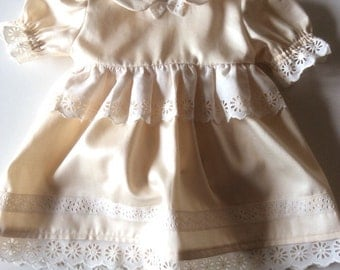 Girl dress ivory size ceremony 62/68, three measure six months