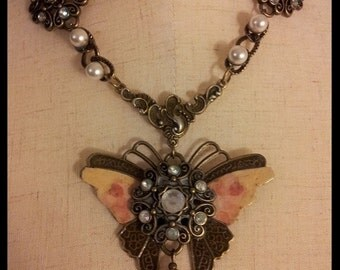Butterfly Vintage Rose Garden