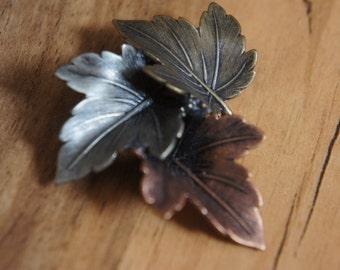Vintage  Jewelry Brooch Pin Maple Leaves Brooch- Leaves Jewelry- Fall Leaves- Autumn Leaves  Signed K&T X-071