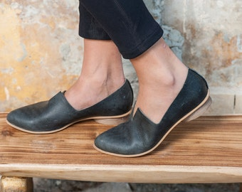 Textured Leather Shoes / Flat Black Leather Shoes / Women Shoes