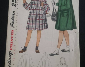Vintage Simplicity Girl's Coat and Detachable Hood 2145