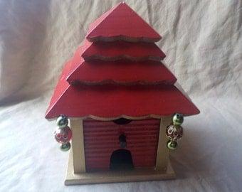 Lucky Pagoda Birdhouse