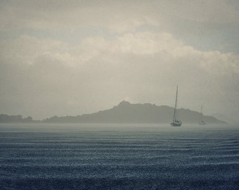 Digital photography download - Traveling Photography - Boat in stormy weather