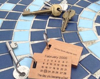 Special Date Calendar - Wooden Key Ring - Birthday, Anniversary, Wedding, Graduation, First Date - Handmade by UK craftsman