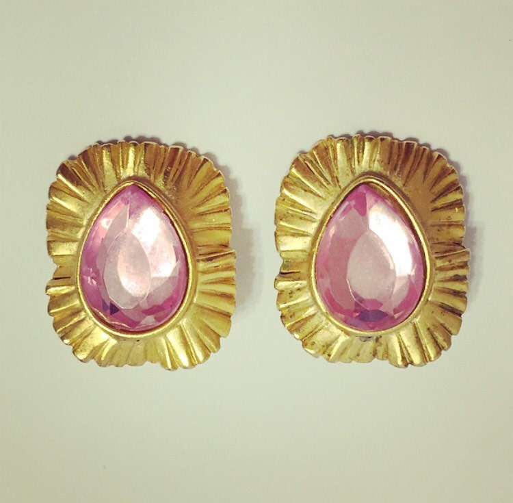 vtg costume jewelry clip on earrings