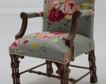 1:12 scale miniature dollhouse Chinese Chippendale arm chair
