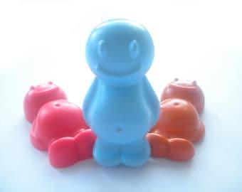 Waxy baby crayon set