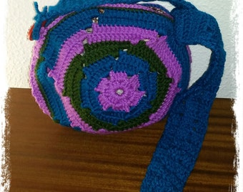 Colorful and circle crochet bag