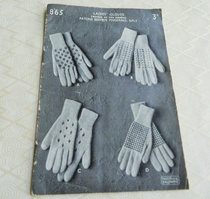 Vintage Glove Knitting Pattern Book. 4 Patterns. by Inglitreasures