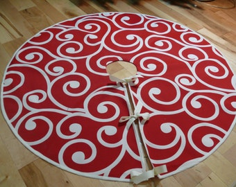 Red and White Swirl Christmas Tree Skirt