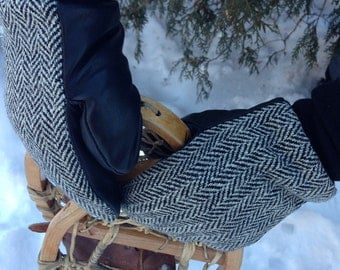 Wool and leather mittens