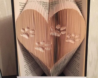Paws in a heart book folding pattern DIY