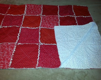 Christmas Rag Quilt in Red