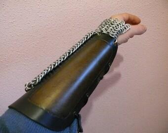 Metal mesh bangles cuero.y.