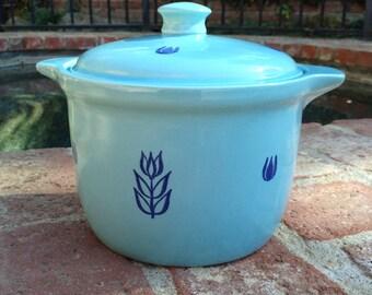 Cronin Blue Tulip Covered Soup Pot Casserole Dish