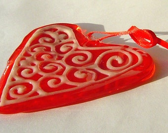 Glow In The Dark Red Glass Heart