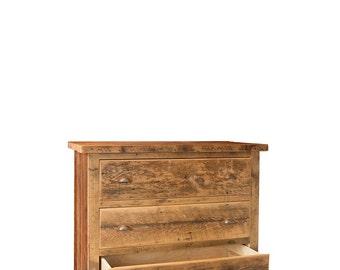 Reclaimed King's Ransom 4-drawer Dresser in solid Hemlock