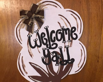 Door Hanger - Wood Cut Out - Cotton. This adorable Cotton can be changed to better meet your style!