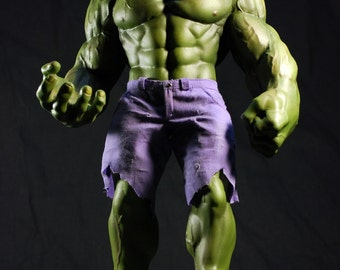 custom sculpted green HULK DALE KEOWN statue with fabric pants figurine | 1:7 bowen scale 13.58 inches | 34.50 cm