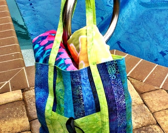 Beach Bag Large, Made in Tropical Batik fabric, Every bag unique!