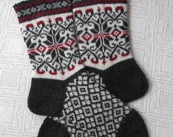 wool socks handmade socks Norwegian socks for men. Warm socks knitted from wool clean Estonia 100 %.  Art design