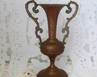 Vintage vase,copper, copper decor, home decor, vintage, copper vase , desk accessory