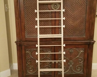 Ribbon Ladder Holder