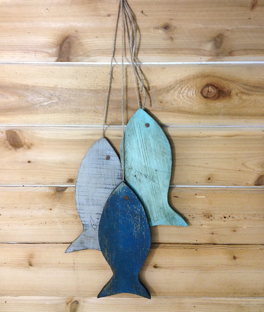 Wall Decor With Fish : Rustic wooden fish painted string of