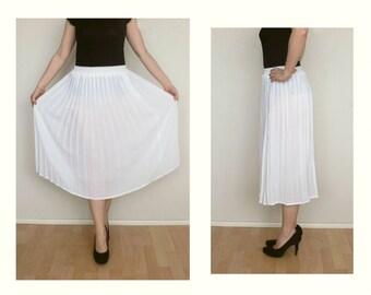 White skirt - pleated skirt