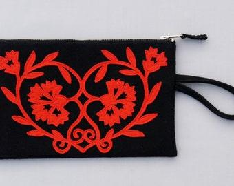 Zip Clutch Coração de Cravos - black/red