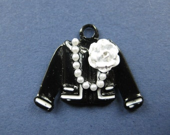 5 Jacket Charms - Jacket Pendant -  Coat Charm - Coat Pendant - Enamel - 26mm x 20mm  -- (No.120-10409)