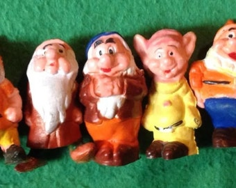Snow White And The Seven Dwarves Pencil Toppers Official 1970's Disney Product
